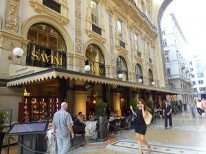 観劇前に会食したレストラン SAVINI
